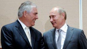 Putin Tillersonla görüşdü